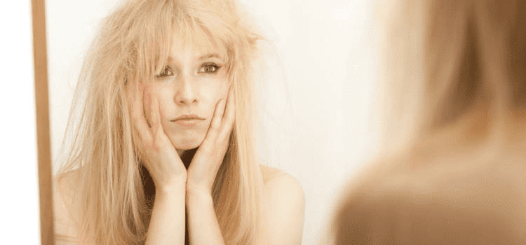 Static hair: what to do to get rid of it?